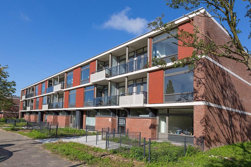 Dekker Kozijnprojecten kozijnen Finnenburg Hongarenburg Den Haag houten kozijnen